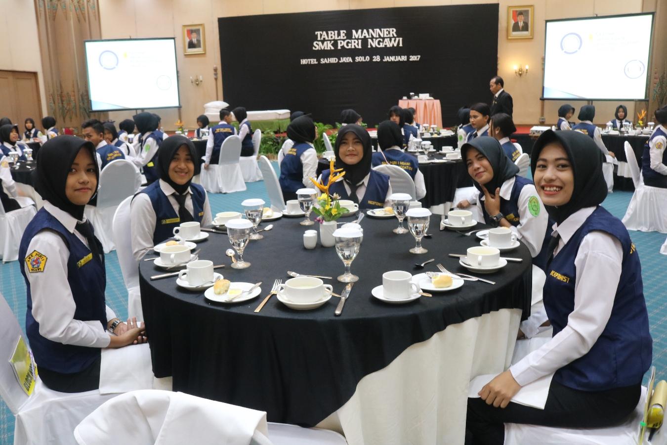 Akomodasi Perhotelan - SMK PGRI 9 NGAWI